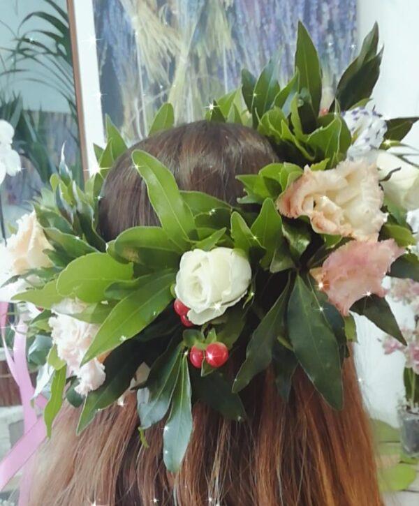 corona di alloro per laurea con rose e bacche rosse - consegna a domicilio