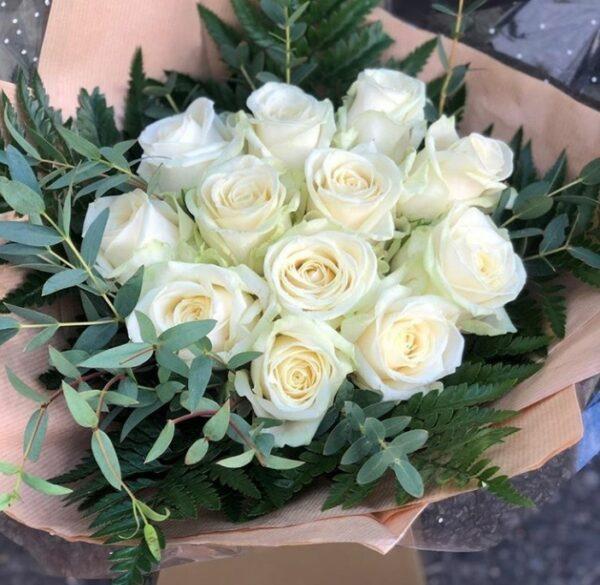 mazzo di rose bianche - consegna a domicilio