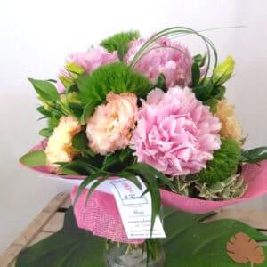 bouquet di fiori sulle tonalità del rosa - consegna a domicilio