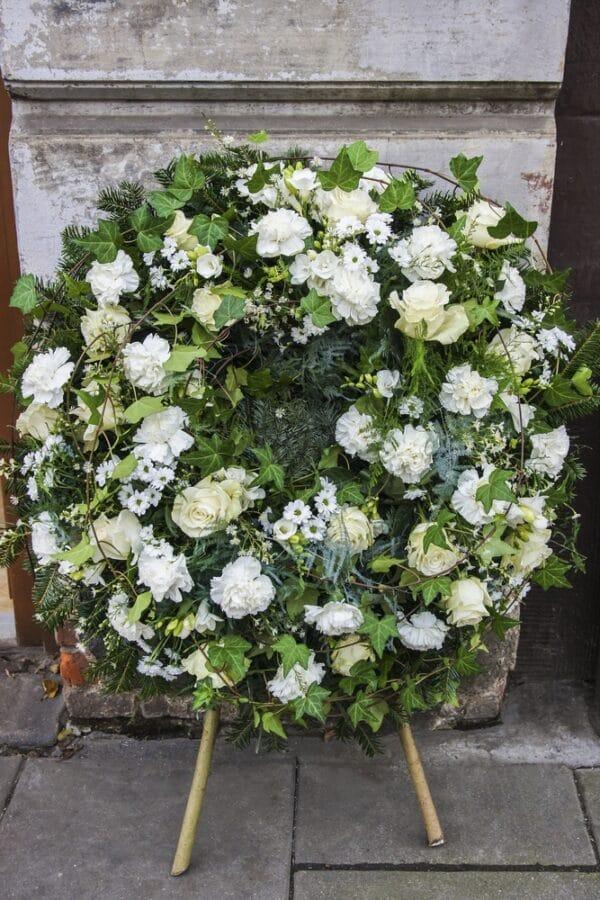 corona funebre per chiesa varie dimensioni - consegna a domicilio