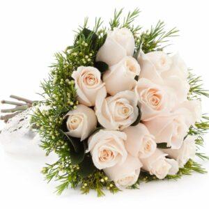 bouquet rose bianche e verde decorativo - consegna a domicilio